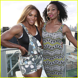 Venus & Serena Williams Play Cricket with the Pros in Melbourne!