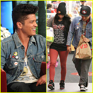 Bruno Mars Talks Super Bowl Performance on 'Ellen'!