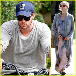Chris Hemsworth Supports Sean Penn's Haitian Relief Organization While on Daddy Duty with India