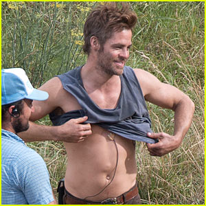 Chris Pine Showing Off His Gorgeous Smile & Shirtless Body Makes Our Day!