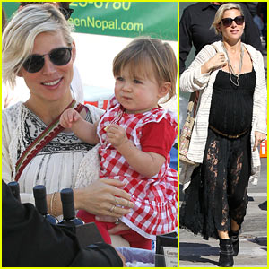 Elsa Pataky's Baby Bump Looks So Big During Weekend Outings!