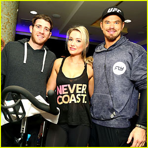 Kellan Lutz & Bryan Greenberg Work Up a Sweat at NFL House