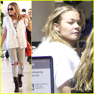 LeAnn Rimes Writes a Song Before Salt Lake City Flight!
