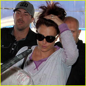 Britney Spears Flies to Louisiana for Jamie Lynn's Wedding!