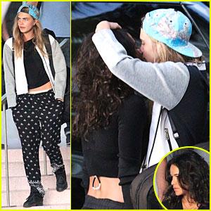 Cara Delevingne & Michelle Rodriguez Kiss Passionately in Miami!