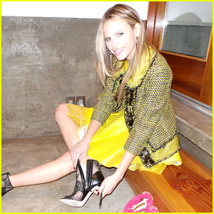 Crisis' Halston Sage: JJ Spotlight of the Week (Behind the Scenes Photo