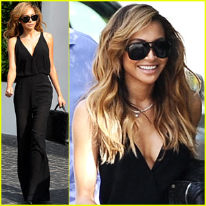 Naya Rivera Is Ultra-Chic & Sexy in Her Sleek Black Jumpsuit!