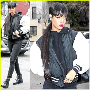 Rihanna Adds Wow Factor with Long Hair Extensions!