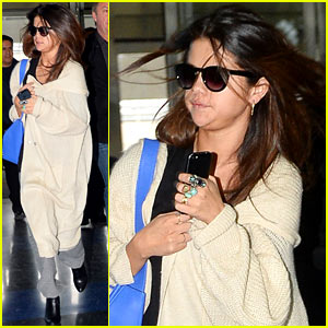 Selena Gomez Leaves New York City After a 'Lovely' Trip!