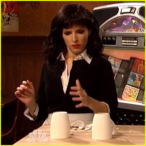 Anna Kendrick Recreates 'Cups' But Smashes the Cup on 'SNL'!