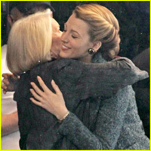Blake Lively & On-Screen Mom Ellen Burstyn Lunch in Character!