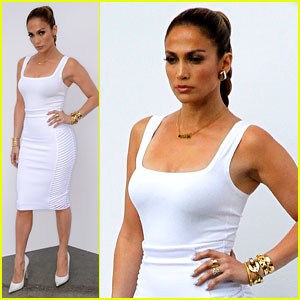 Jennifer Lopez Is White Hot in Form-Fitting Outfit on 'Idol'!