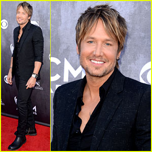 Keith Urban Goes Solo Without Nicole Kidman at ACM Awards 2014