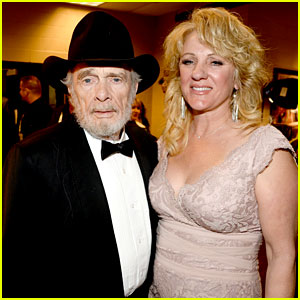 Merle Haggard: ACM Awards 2014 with Wife Theresa Ann Lane!