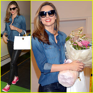Miranda Kerr Has So Many Adoring Fans - Watch the Video!