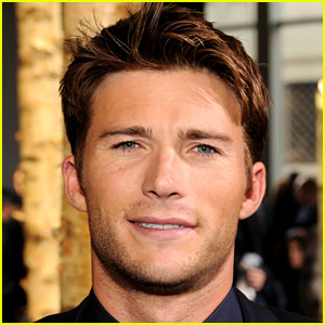 Scott Eastwood Lands Lead Role in New Nicholas Sparks Movie
