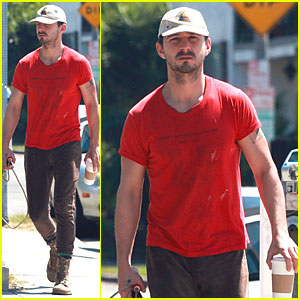 Shia LaBeouf Works Out His Red Hot Body with Jump Rope Exercises!