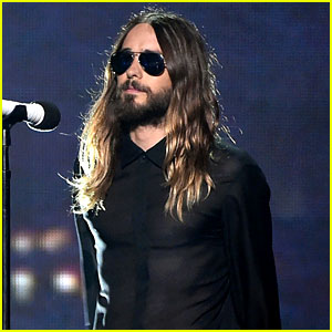 Thirty Seconds to Mars Perform 'City of Angels' at iHeartRadio Music Awards 2014! (Video)