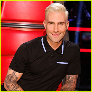 Adam Levine Flaunts His New Bleached Blonde Hair on 'The Voice'!