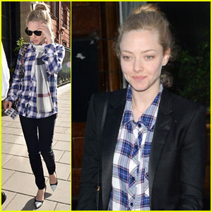 Amanda Seyfried Used to Be Obsessed with the Weather, Wanted to be a Meteorologist!