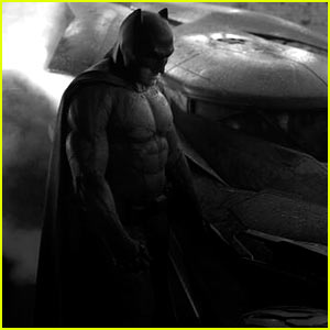 Ben Affleck's Batman Costume & Batmobile Car: First Look Images Revealed!