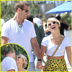 Julianne Hough & Boyfriend Brooks Laich Look So Happy, Pack on the PDA!