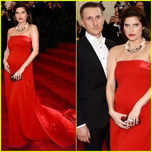 Lake Bell Clutches Baby Bump on Met Ball 2014 Red Carpet!