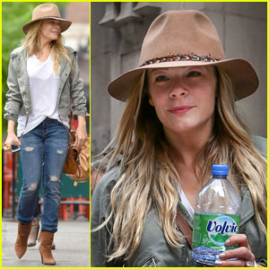 LeAnn Rimes Calls Herself a Grandma!