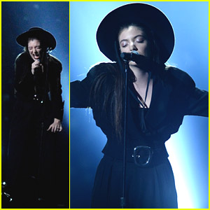 Lorde Performs 'Tennis Court' at Billboard Music Awards 2014! (Video)