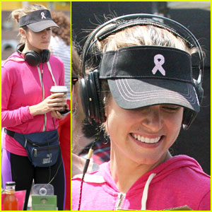 Nikki Reed is All Smiles at the Sunday Farmer's Market!