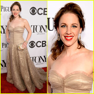 Jessie Mueller Is 'Beautiful' for Carole King at Tony Awards 2014!