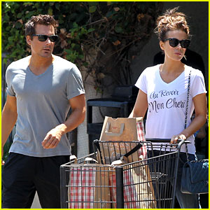 Kate Beckinsale & Hubby Len Wiseman Stock Up on Groceries