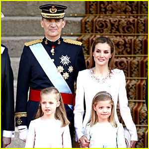 King Felipe VI & Queen Letizia of Spain's Coronation Photos!
