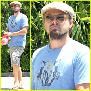 Leonardo DiCaprio Gets In Some Sunday Brunch Time with His Pals