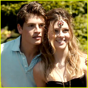 Nicola Peltz & Gregg Sulkin Couple Up in 'Affluenza' Trailer