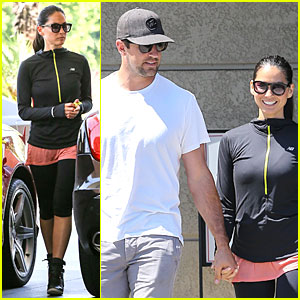 Olivia Munn & Aaron Rodgers Bring Their Blossoming Love to Gelson's!