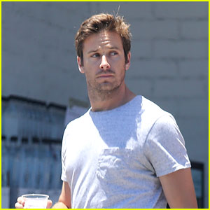 Armie Hammer Stops for Some Fresh Food at the Market!