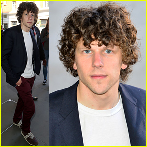 Jesse Eisenberg Takes a 'Batman v Superman' Filming Break to Visit Israel