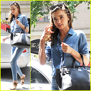 Miranda Kerr Is Really Happy & Content to Be Single Right Now
