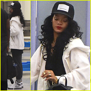 Rihanna Goes Through Security Before Jetting Out of LAX!