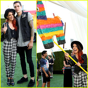 Shenae Grimes Whacks Wonka Piñata Open to Reveal Randoms at Just Jared's Summer Fiesta!