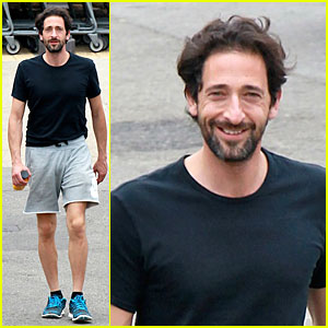 Adrien Brody Is Convincing As Harry Houdini In New Clip - Watch Now!