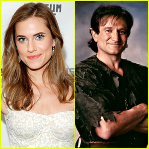 Allison Williams Honors Robin Williams with First 'Peter Pan' Flight - Watch Now!
