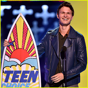 Ansel Elgort Gives the Teen Choice Awards' Longest Acceptance Speech! (Video)