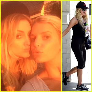 Jessica & Ashlee Simpson Are Stunning Sisters in Their Sunset Selfie!