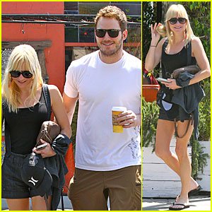 Chris Pratt Celebrated 'Guardians of the Galaxy' with Anna Faris' Tater Tots!
