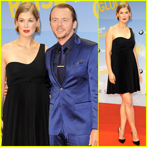 Pregnant Rosamund Pike Shows Off Her Baby Bump at 'Hector and the Search for Happiness' Berlin Premiere!