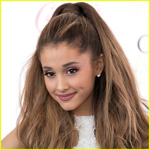 Ariana Grande Comm
