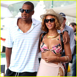 Beyonce Wears a Bikini Top for Romantic Italy Trip with Jay Z!