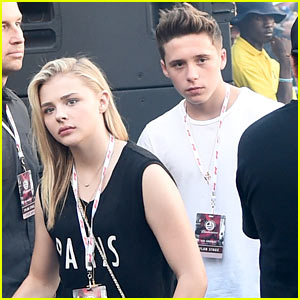 Chloe Moretz & Brooklyn Beckham Have a Concert Date Night!